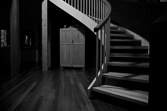 the scary attack under the stairs for delana the dream well. Black Bedroom Furniture Sets. Home Design Ideas